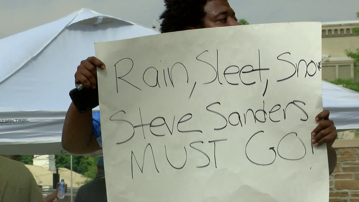 Protesters claim racism within Lauderdale Co. Sheriff's Office
