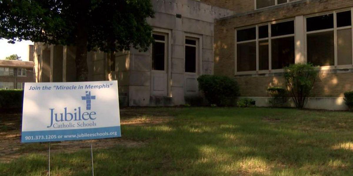 Catholic diocese to close 10 Memphis schools