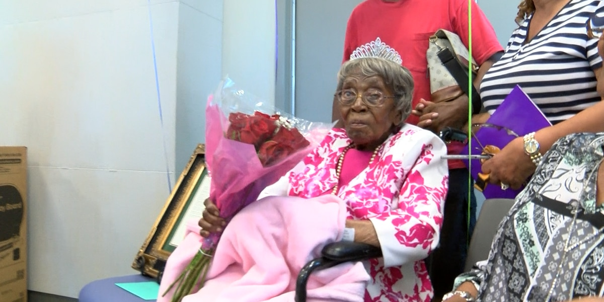 'A living legacy': Charlotte woman celebrates 115th birthday