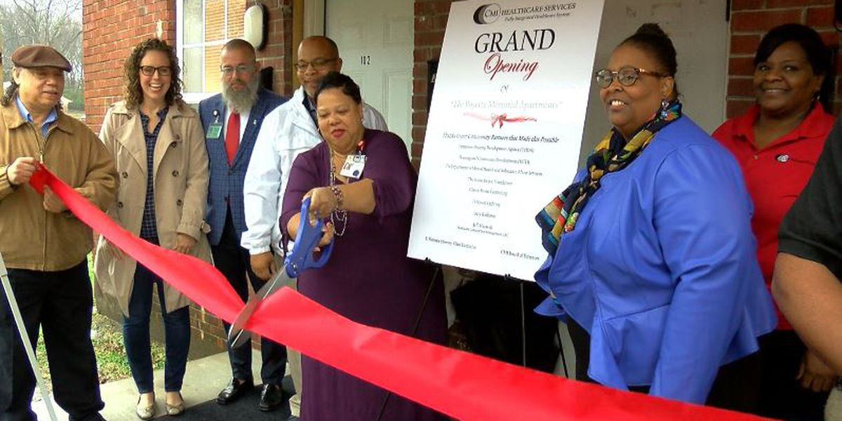 Community celebrates grand opening of apartment complex in South Memphis