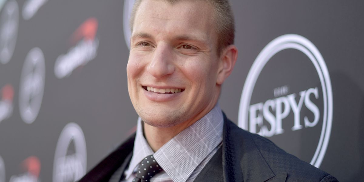 Agent: Gronkowski to have reunion with Brady in Tampa Bay