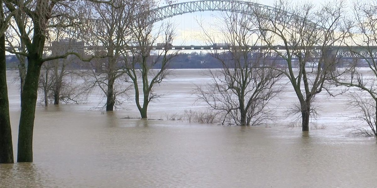 Mississippi River flooding earlier than usual