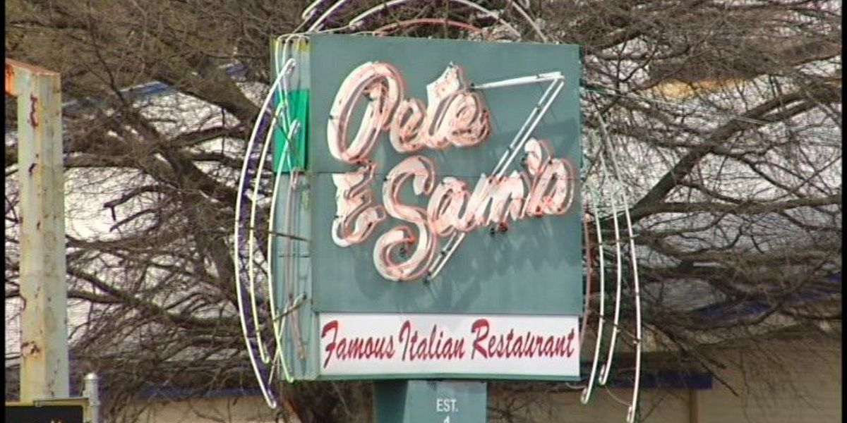 Pete and Sam's Italian Restaurant catches fire