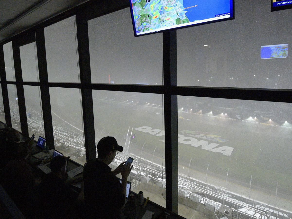 Rain postpones Daytona 500, dampening event and Trump's visit