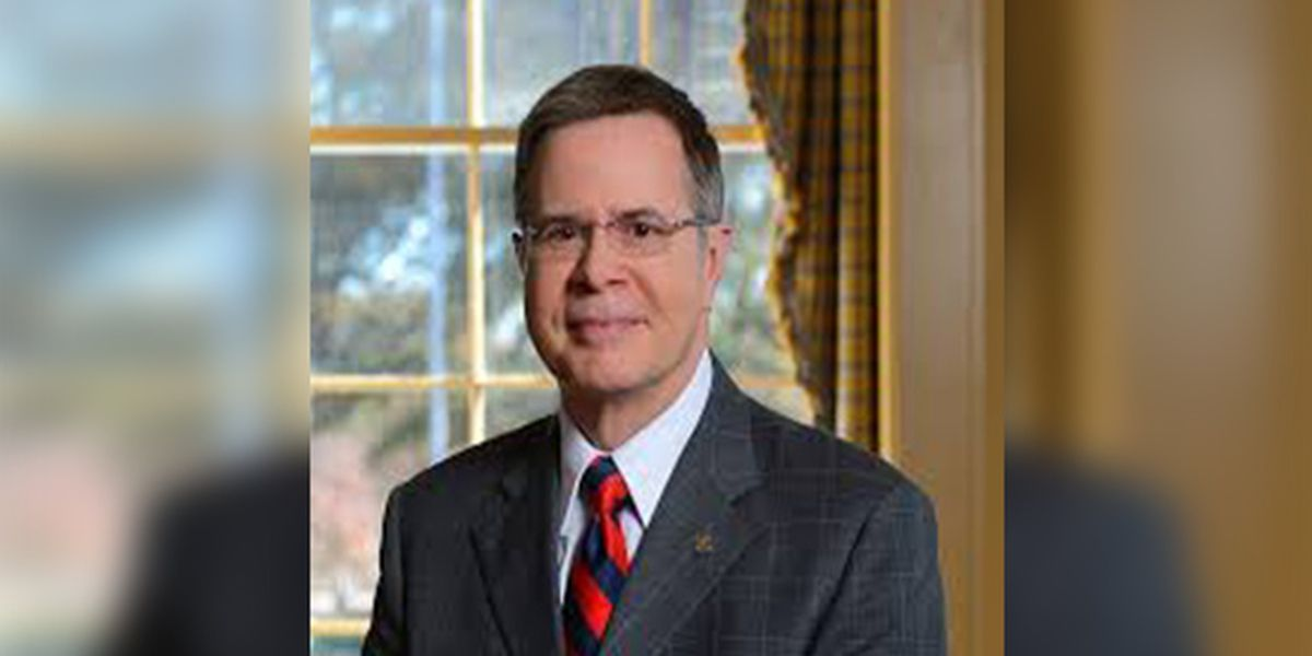 Jeffrey Vitter resigning as Ole Miss chancellor