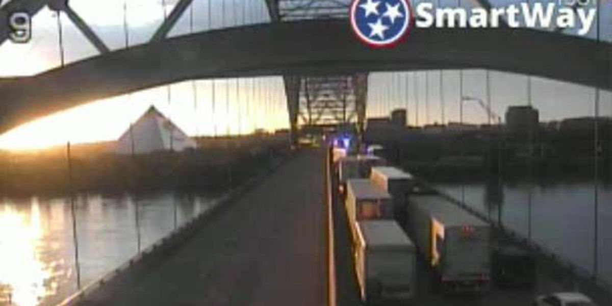 1 hospitalized in tractor trailer crash on I-40 bridge
