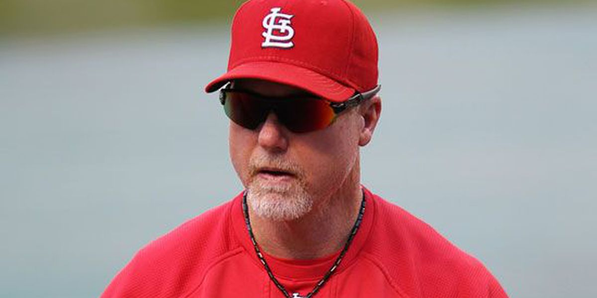 McGwire, McCarver headline Cardinals Hall of Fame
