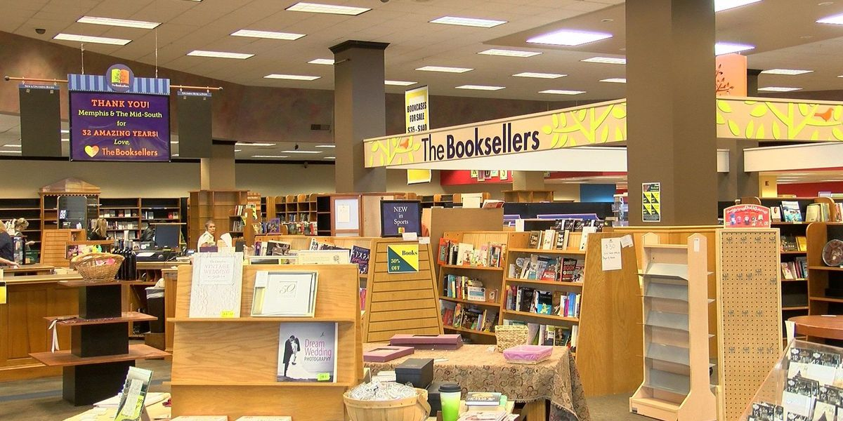New bookstore coming to Laurelwood Shopping Center