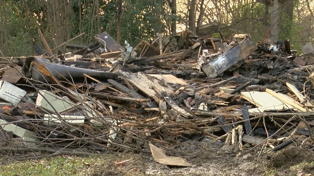 Investigators, neighbors look for answers after vacant Midtown house goes up in flames