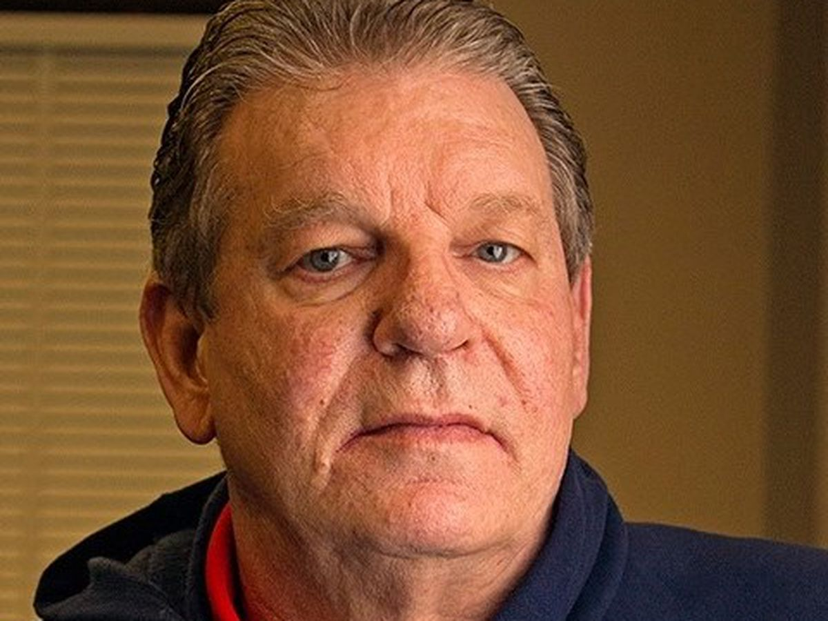 Ole Miss basketball legend Johnny Neumann dies at 68