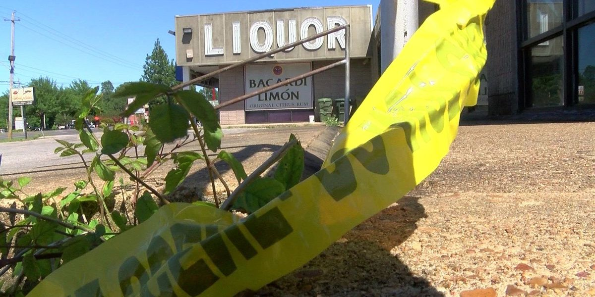 Killed liquor store robbery suspect previously robbed other liquor stores