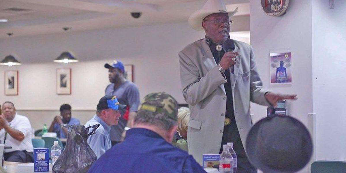 MID-SOUTH HEROES: Veteran cheers fellow VA patients with karaoke