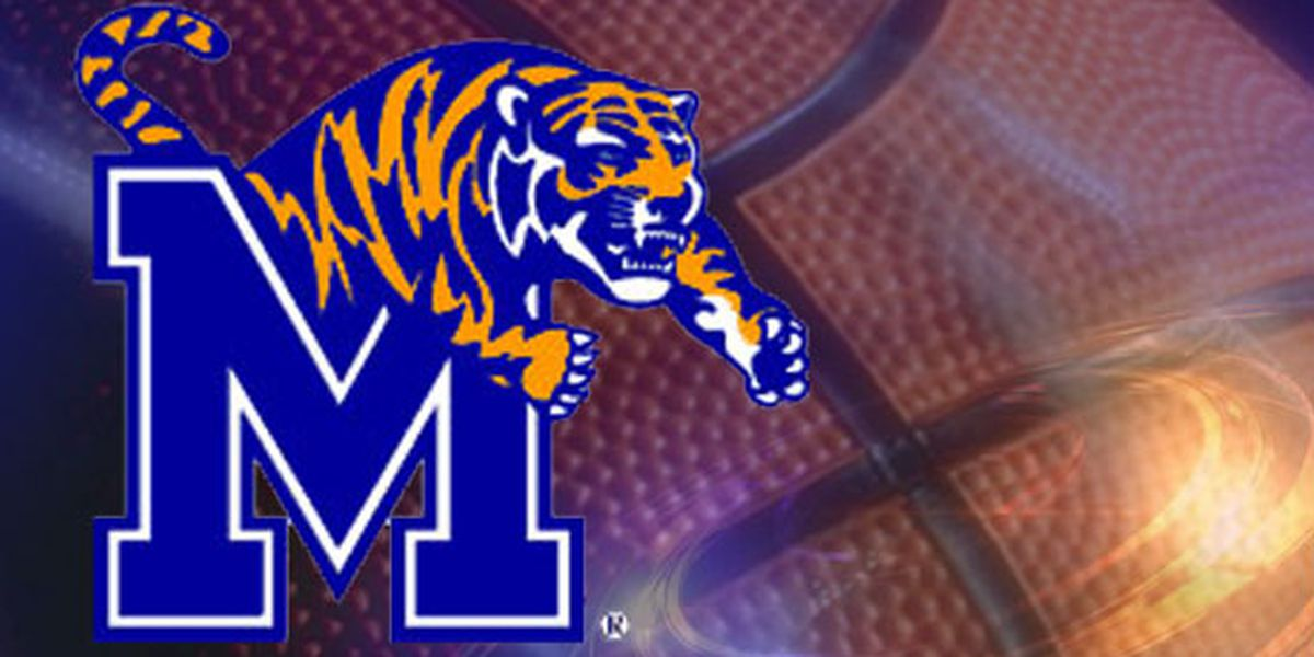 Top basketball recruiting target gets feel of Memphis