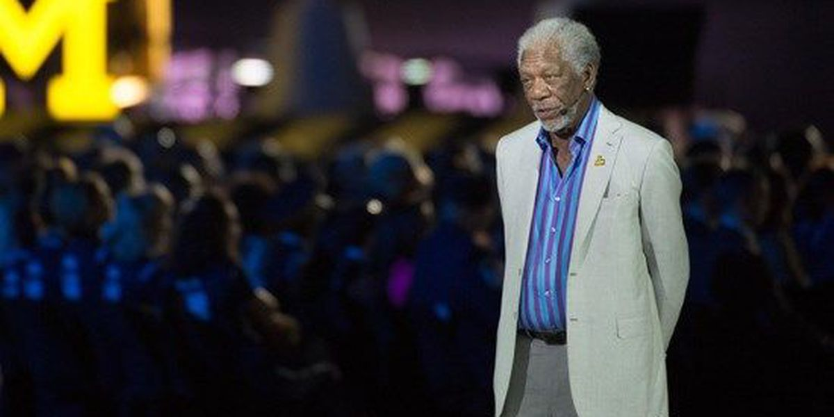 Morgan Freeman apologizes following report of sexual harassment
