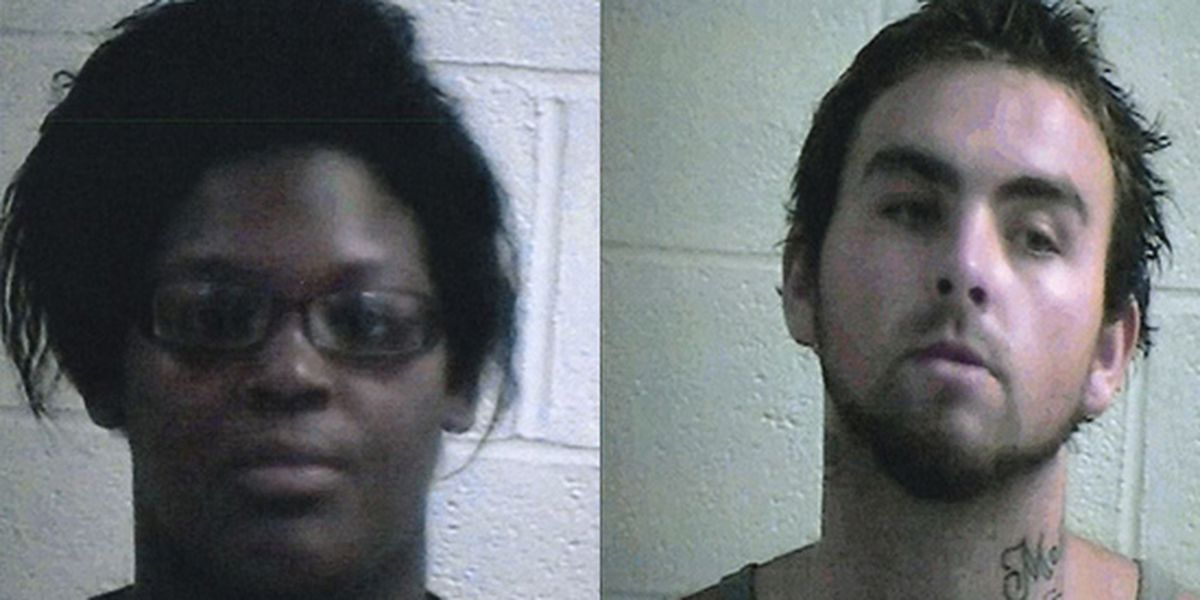 2 suspects in custody after triple shooting at Courtland, Mississippi gas station