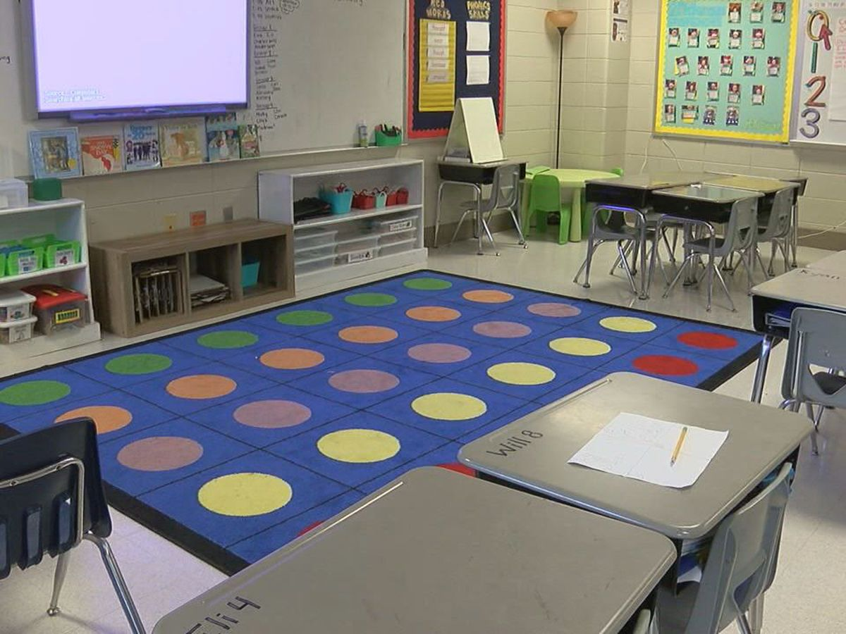 Shelby County Schools discusses plan to return to in-person learning