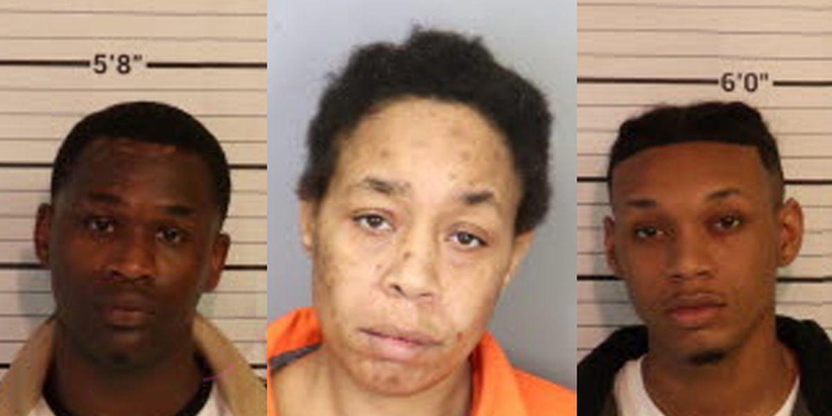 3 arrested after crash involving stolen vehicle near Union Ave. Kroger