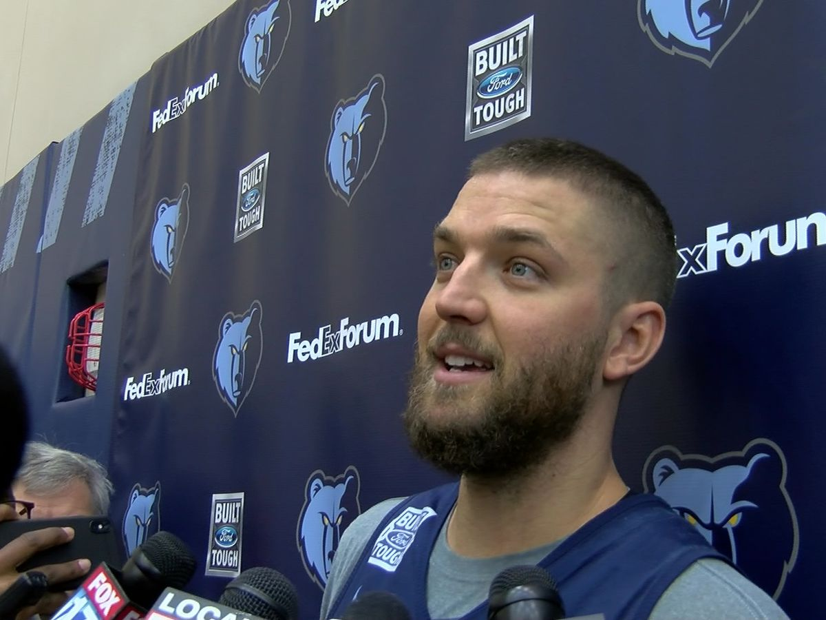 Parsons returns to Grizzlies after extended absence