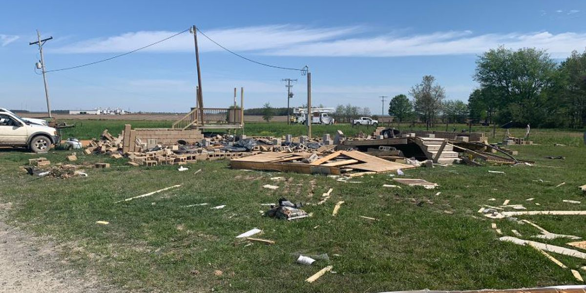 Harrisburg residents, National Weather Service assess damage left in EF-2 tornado's wake
