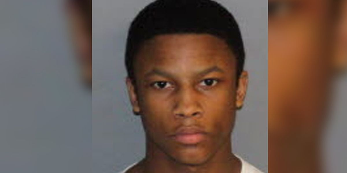 Teen gets 30 years in prison for murder, robbery at gas station
