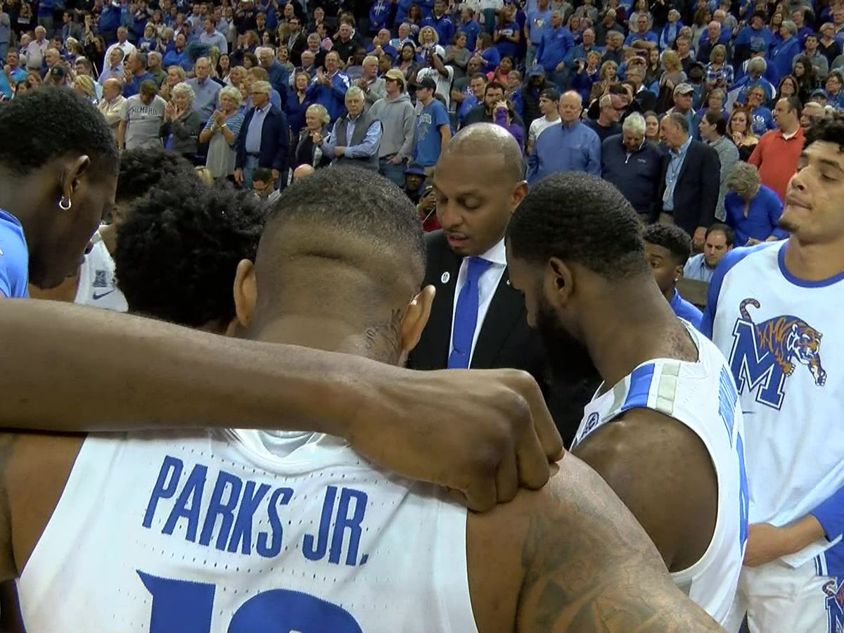 Memphis Tigers basketball players honored by AAC