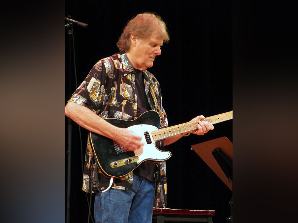 Hit-making guitarist Reggie Young passes away