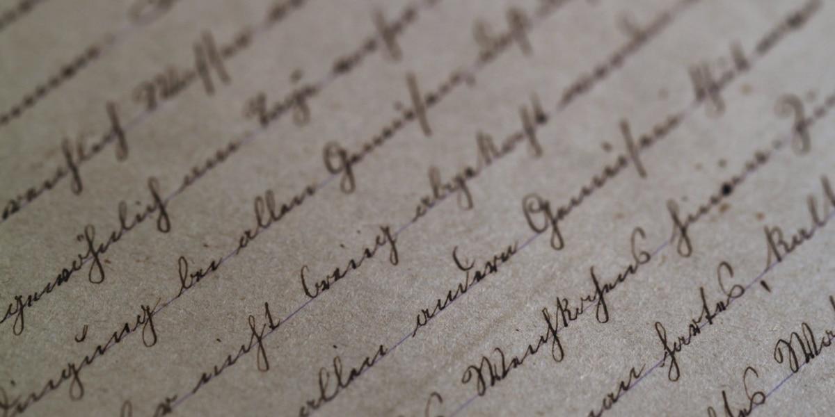 Gov. Kasich signs cursive bill