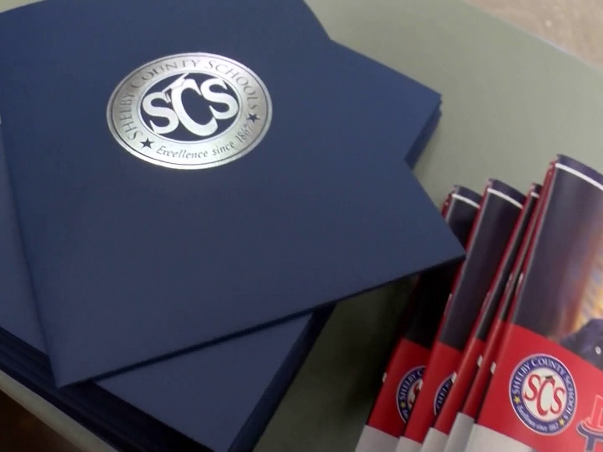 SCS begins distribution for digital devices to students