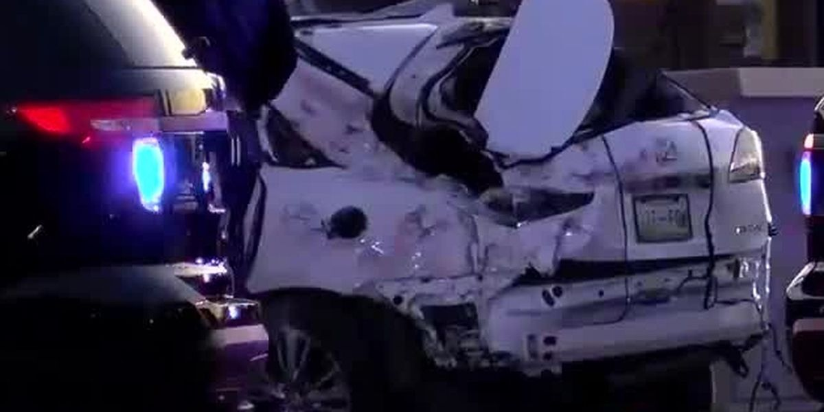 Witnesses say SUV drove around train crossing arm before Germantown crash
