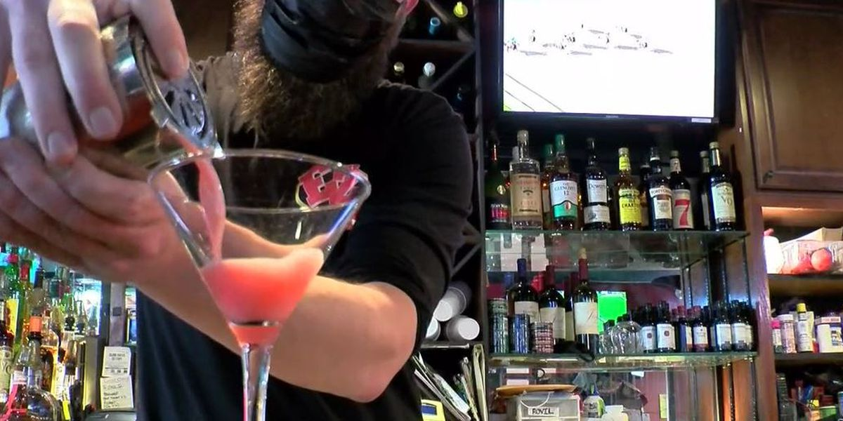 Southland Casino Racing extends restaurants and bar hours