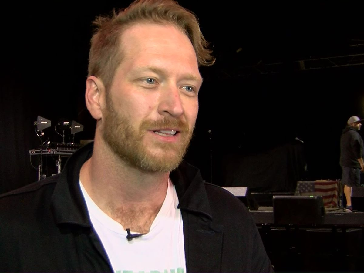 Former 'The Voice' contestant, Mid-South native stops by Memphis