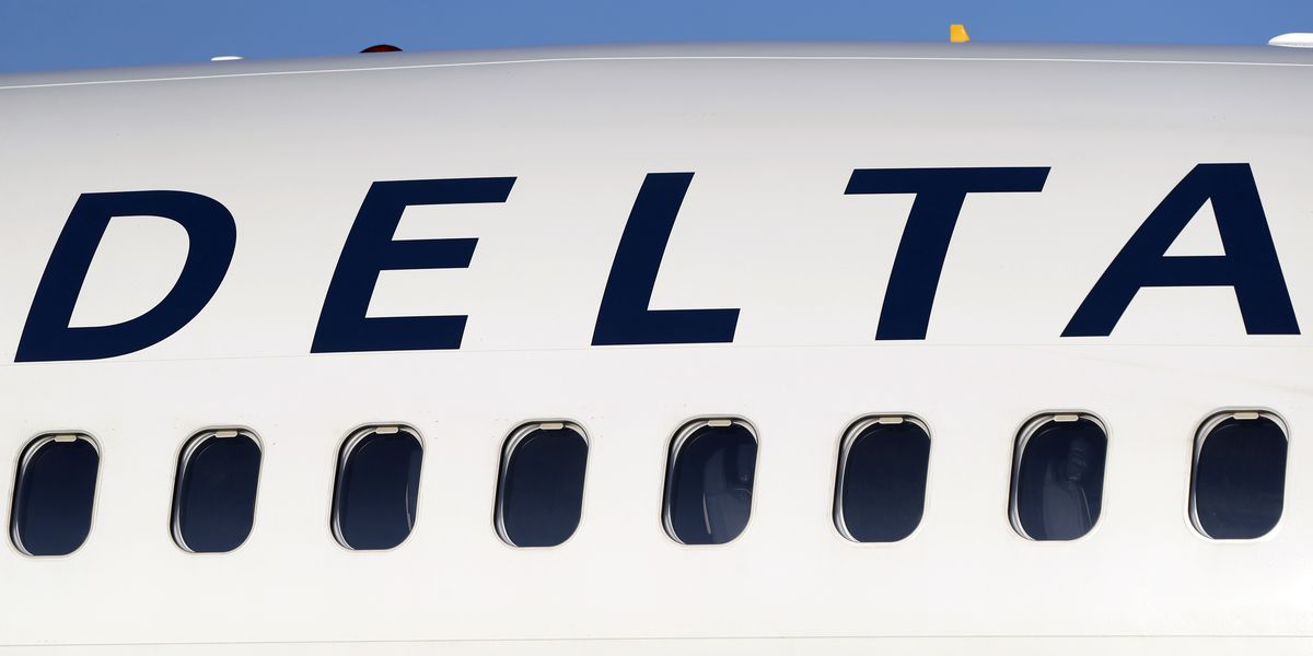 US fines Delta $50,000 for booting off 3 Muslim passengers