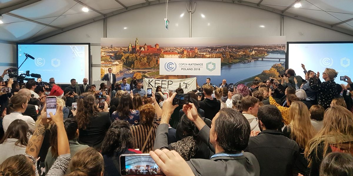 Leaders return to Poland for final push at UN climate talks