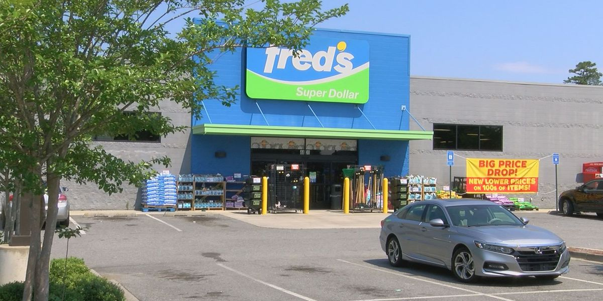 Fred's sells Memphis headquarters