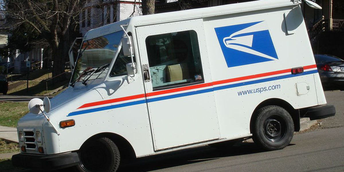 Teen arrested for attempted robbery of mail carrier