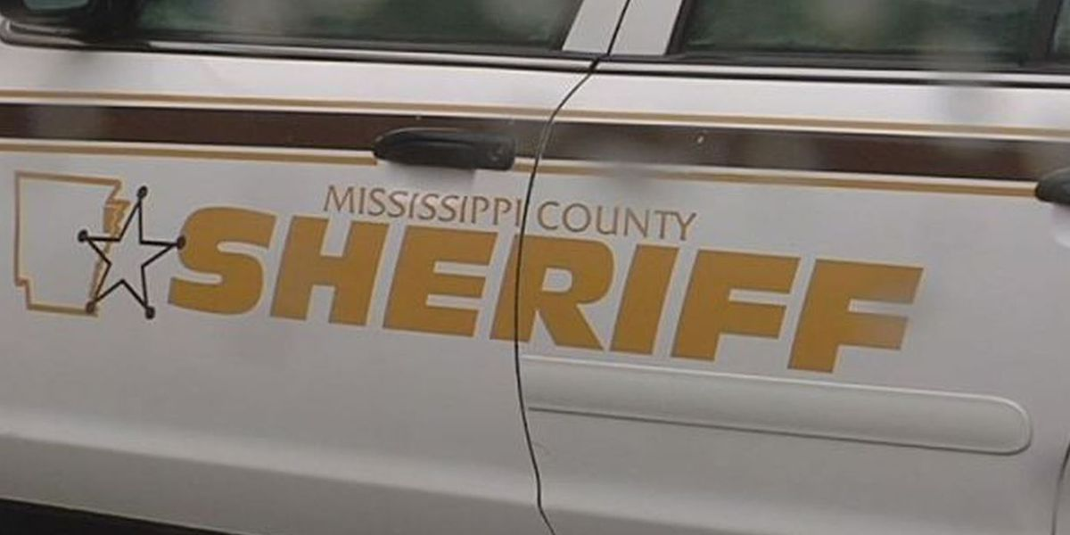 17-year-old girl shot, sheriff's office investigating