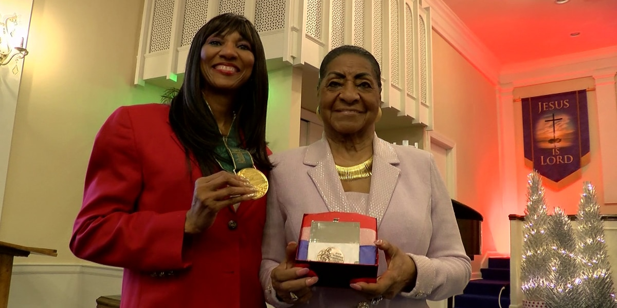 Olympic athlete's missing medal replaced after 30 years