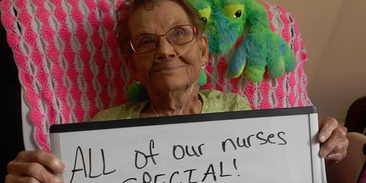 Nursing home residents thank nurses for their work during COVID-19 pandemic