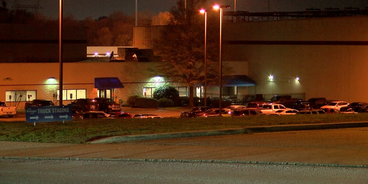 Kroger warehouse employees recover from COVID-19 as new case emerges