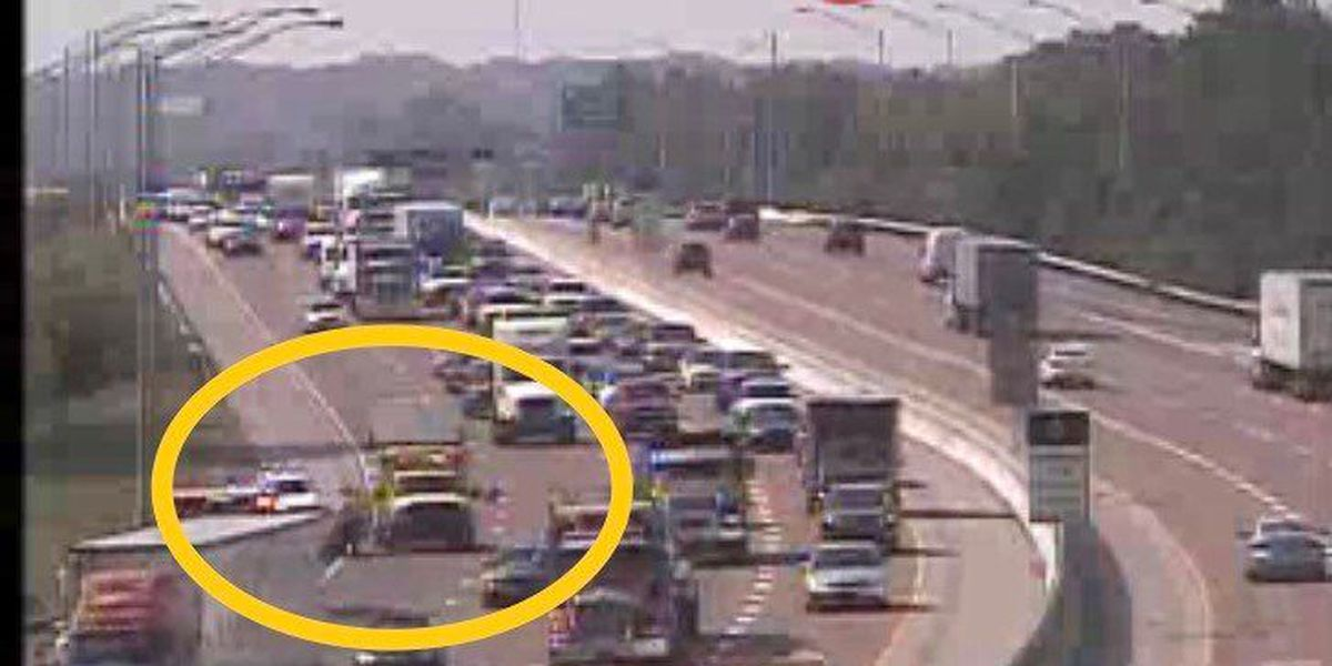 Multiple vehicle crash causes delays on I-55