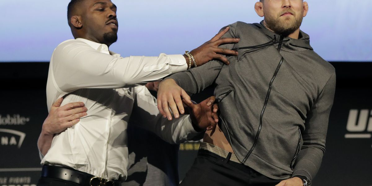 In Vegas or LA, UFC 232 is a dynamite show to fans, fighters