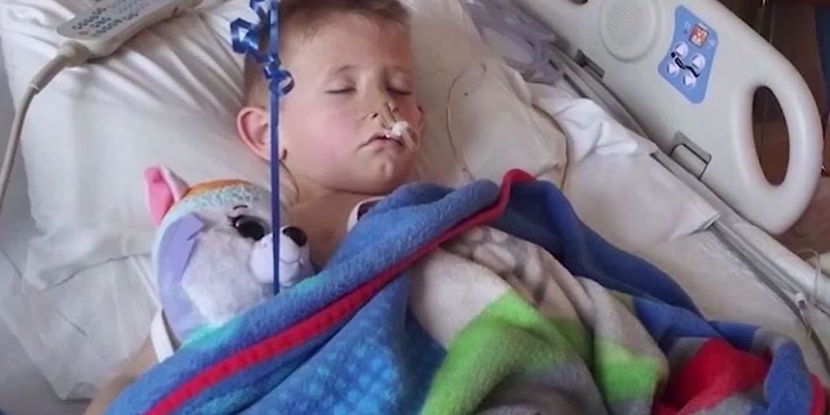 Texas boy, 4, undergoes surgery after swallowing plastic lollipop stick