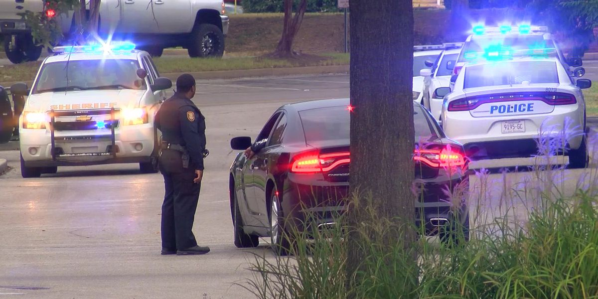 2 teens arrested for shooting at Wolfchase Galleria
