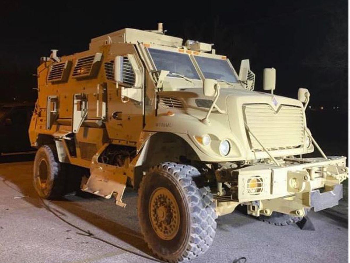 Sheriff's department in Arkansas receives military rescue vehicle