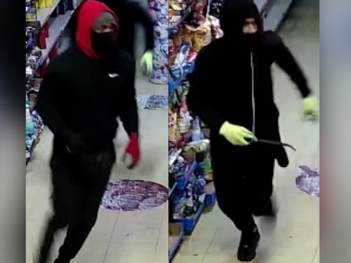 Two men caught on surveillance as they rob Memphis corner store