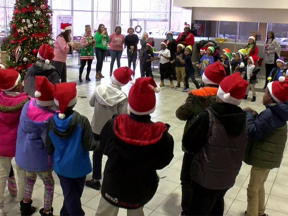 Principle Toyota, SCS surprise elementary students with Santa visit, gifts