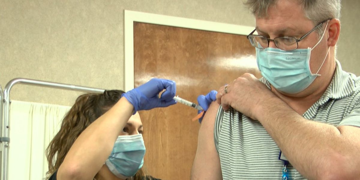 State, local governments legally able to require vaccinations for employees