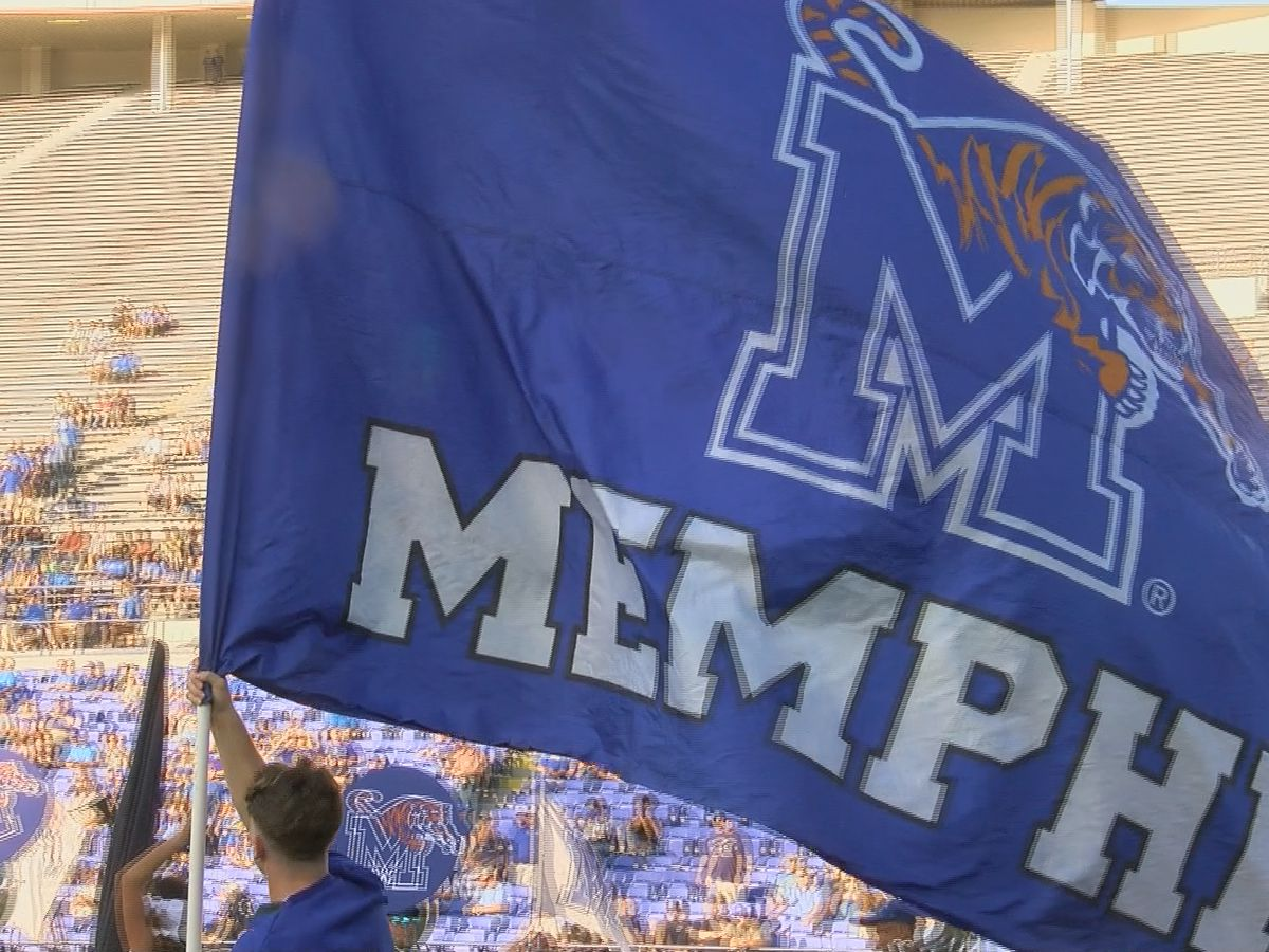 Taylor runs Memphis past SMU in 28-18 win