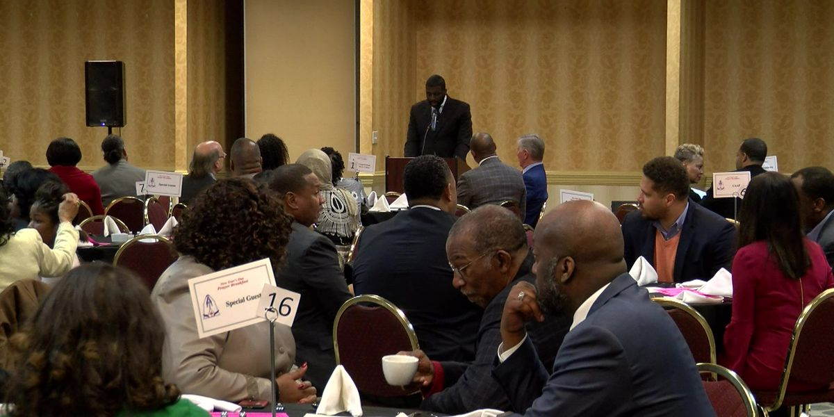 New Year's Day prayer breakfast brings city, county officials together