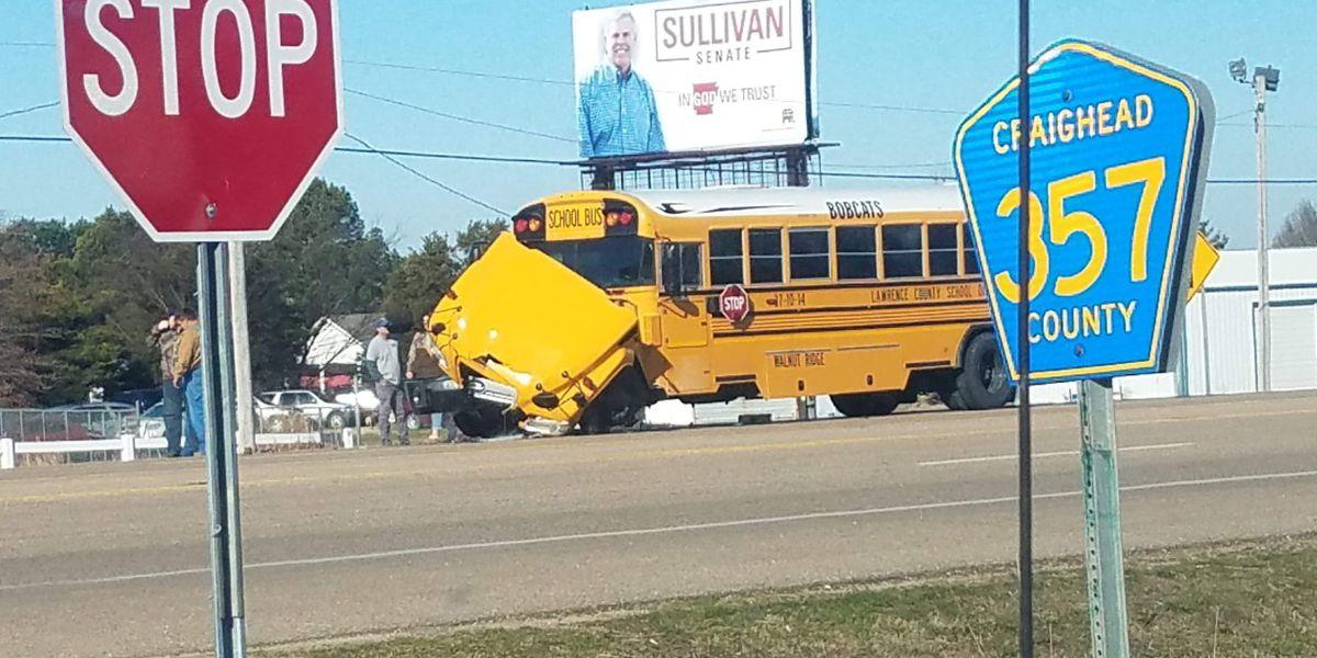 6 injured in school bus crash near Bono